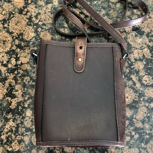 2/$25 Michael Green Brown Leather Crossbody